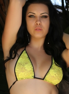 Alluring Vixen Aura Shows Perfect Curves Yellow Lace Bra Panties - Picture 5