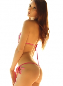 Stunning Alluring Vixen Babe Alea Teases Perfect Ass Tiny String Bikini - Picture 4