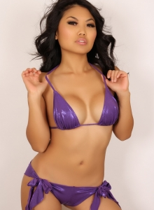 Sexy Babe Kat Teases With Her Tight Body In A Purple Bikini - Picture 6