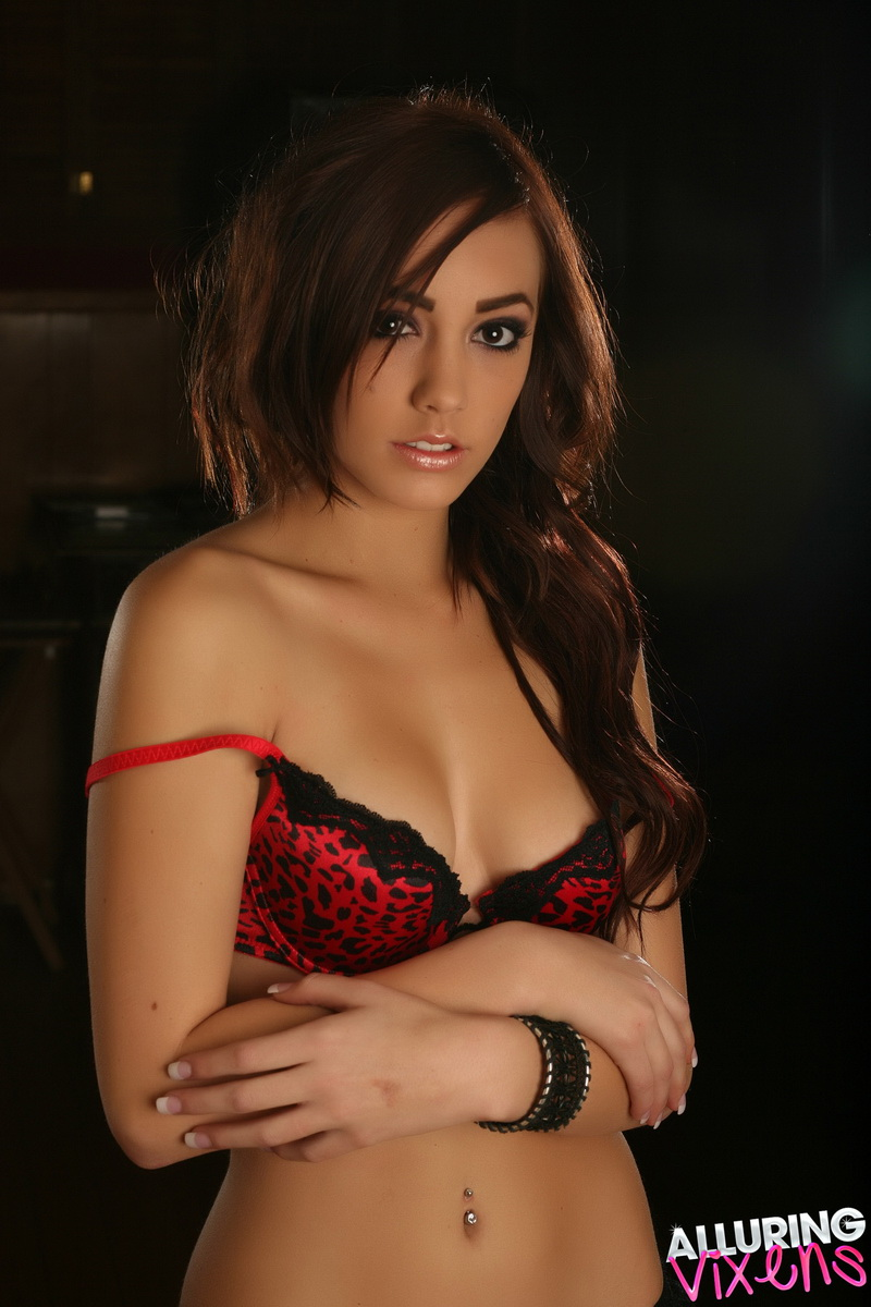 Perfect Alluring Vixen babe Lauren loves to tease in her sexy red leopard print bra