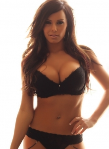 Alluring Vixen Candace Glows In Her Black Lace Bra And Panties With Matching Black Nylons - Picture 1