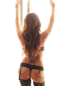 Alluring Vixen Candace Glows In Her Black Lace Bra And Panties With Matching Black Nylons - Picture 8