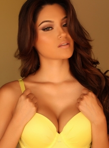 Busty Babe Cynthia Shows Off Her Perfect Curves In Matching Yellow Bra And Panties - Picture 5
