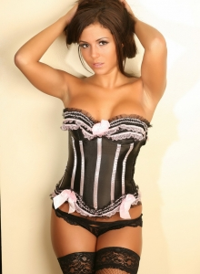 Classy Babe Erica Shows Off Her Perfect Curves In Her Sexy Corset And Black Lace Panties - Picture 3