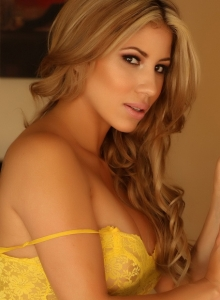 Curvy Babe Erika Teases Tight Yellow Sheer And Lace Dress - Picture 7