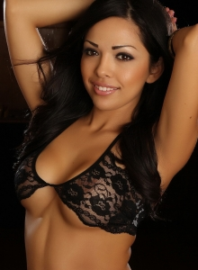 Karla Shows Off Her Stunning Curves In Her Skimpy Little Black Lace Outfit - Picture 3