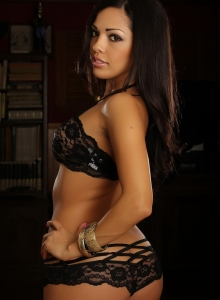 Karla Shows Off Her Stunning Curves In Her Skimpy Little Black Lace Outfit - Picture 5