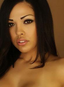 Alluring Vixen Karla Poses In A Semi Sheer Lace Bra - Picture 3