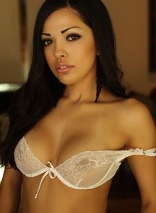 Alluring Vixen Karla Poses In A Semi Sheer Lace Bra - Picture 5