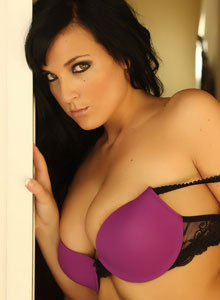 Alluring Vixen Kaya Danielle Is Almost Popping Out Of Her Tight Bra With Her Huge Tits - Picture 8