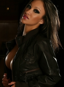 Vixens Babe Kira Teases With Her Big Juicy Tits In Just A Leather Jacket - Picture 8