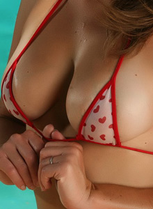 Busty Leahs Perfect Perky Tits Are Barely Covered By Her Little Heart Bikini Top - Picture 6