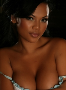 Melanie Elyzas Big Juicy Tits Are Busting Out Of Her Baby Blue Ruffled Bra Top - Picture 7