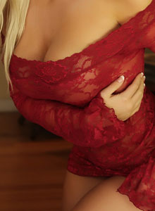 Busty Blonde Vixen Tara Babcock Loves To Tease In Her Sexy Red Lace Outfit - Picture 4