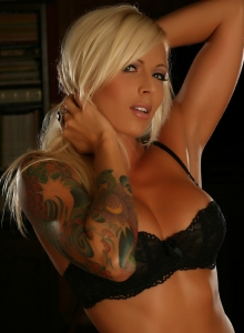 Perfect Blonde Alluring Vixen Trisha Skimpy Black Lace Bra Panties - Picture 1