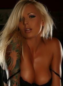 Perfect Blonde Alluring Vixen Trisha Skimpy Black Lace Bra Panties - Picture 9